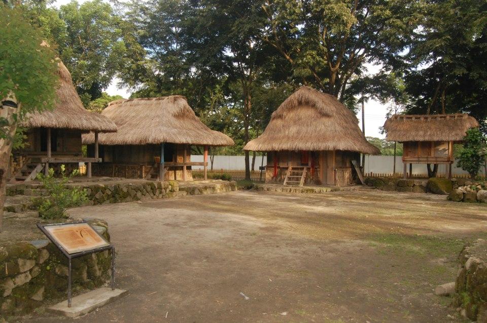 aeta village, aeta house, aeta houses, nayon pilipino