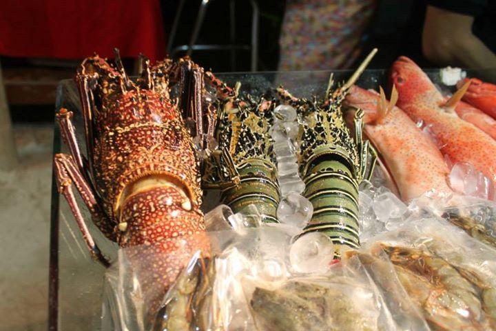 Boracay Restaurants, Boracay seafoods, boracay marketplace, foods boracay, boracay seafoods marketplace