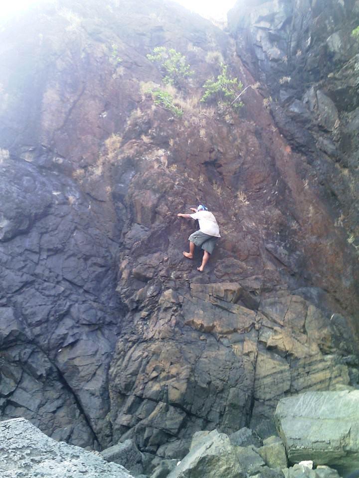 Anawangin Rock Climbing, Anawangin, Nagsasa, Capones, Anawangin Cove, Anawangin Island, Nagsasa Cove, Nagsasa Island, Capones Island, Capones White Beach Zambales,