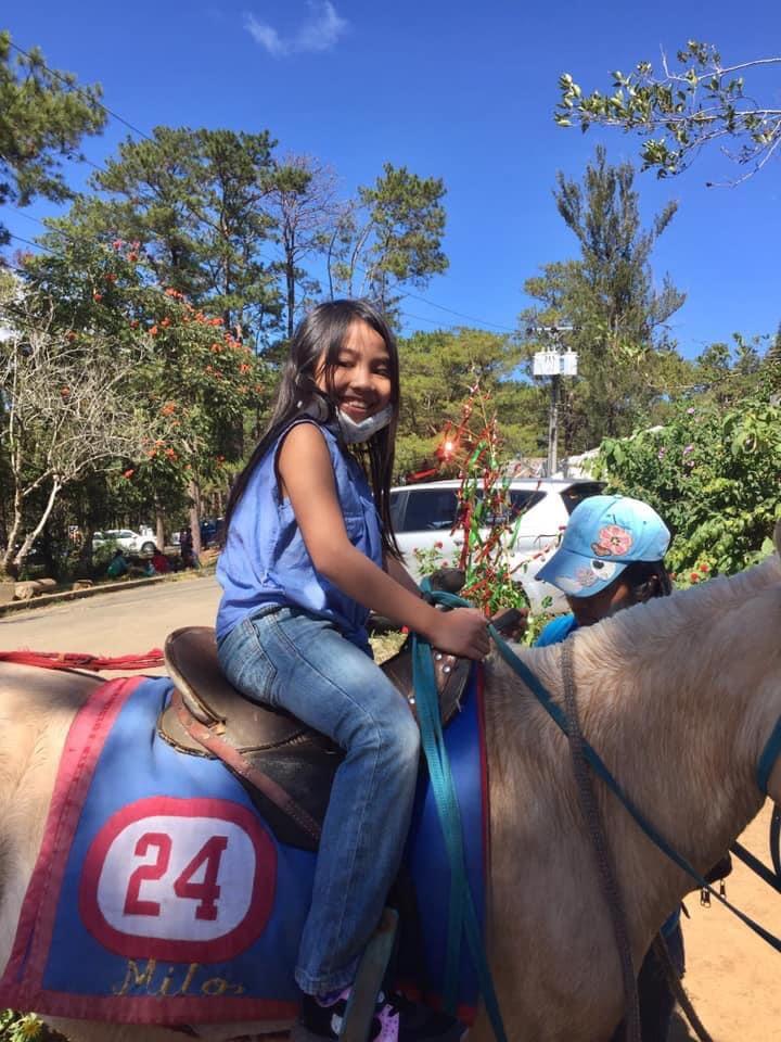 horse back2